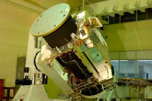 組み立て作業中のチャンドラヤーン探査機
