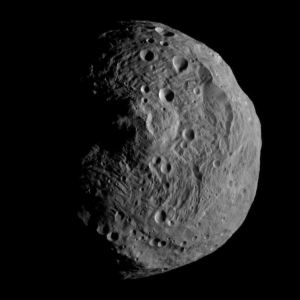 ... 撮影された小惑星ベスタの写真