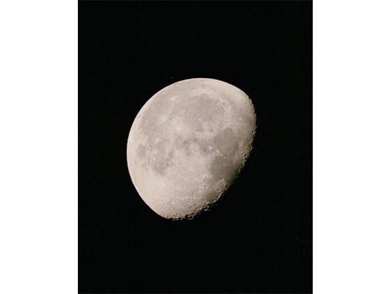 動く月(アルデバラン星食)1