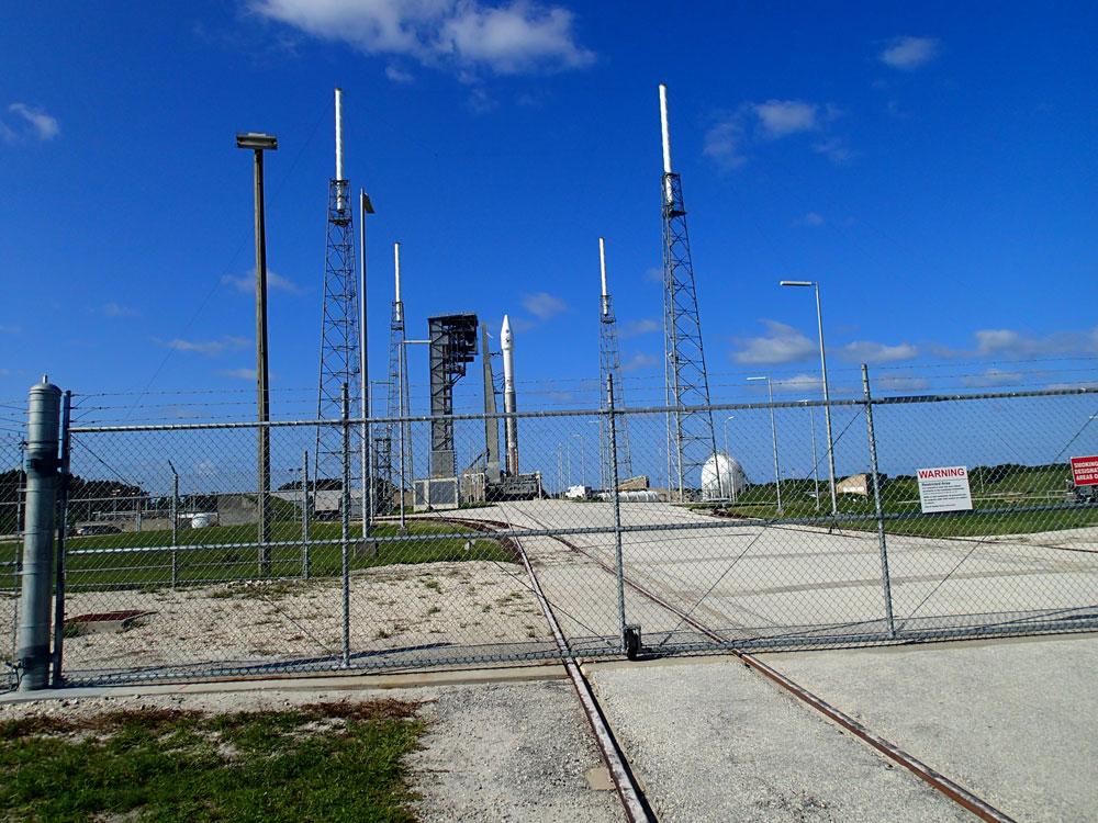 オサイレス・レックス打ち上げ前の写真1