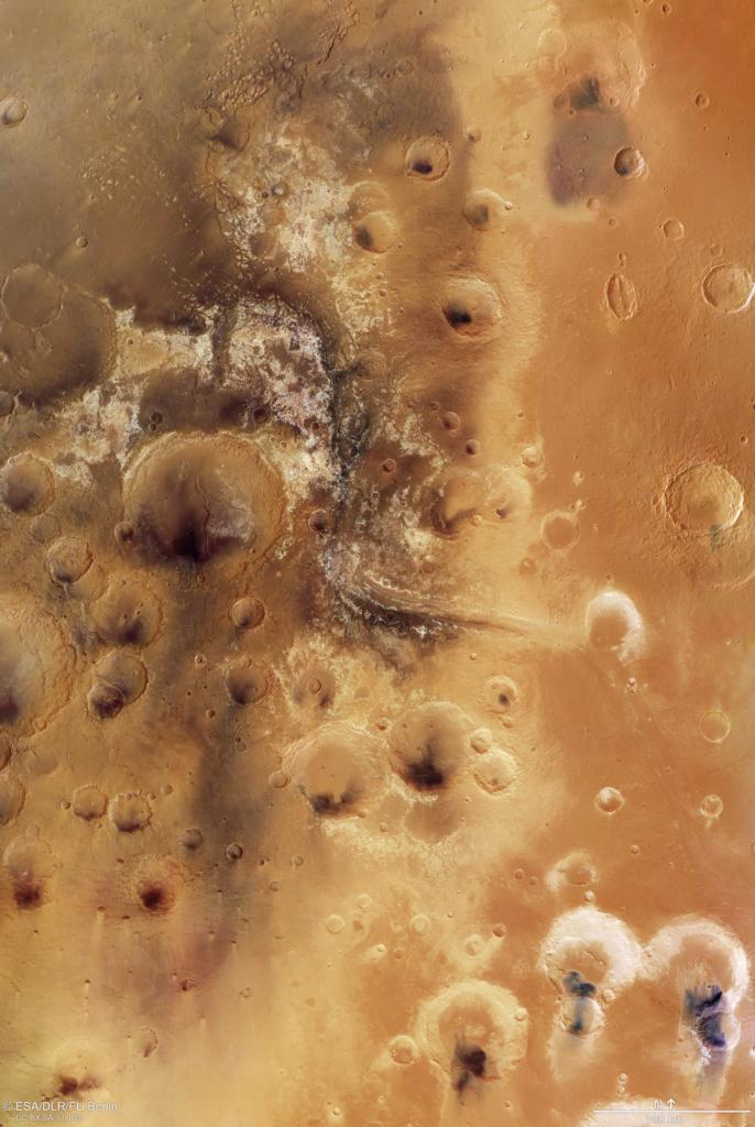 マワース峡谷の探査機画像