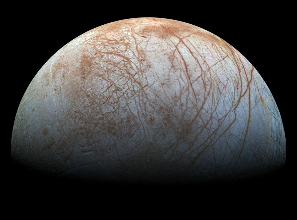 探査機ガリレオが撮影したエウロパの姿