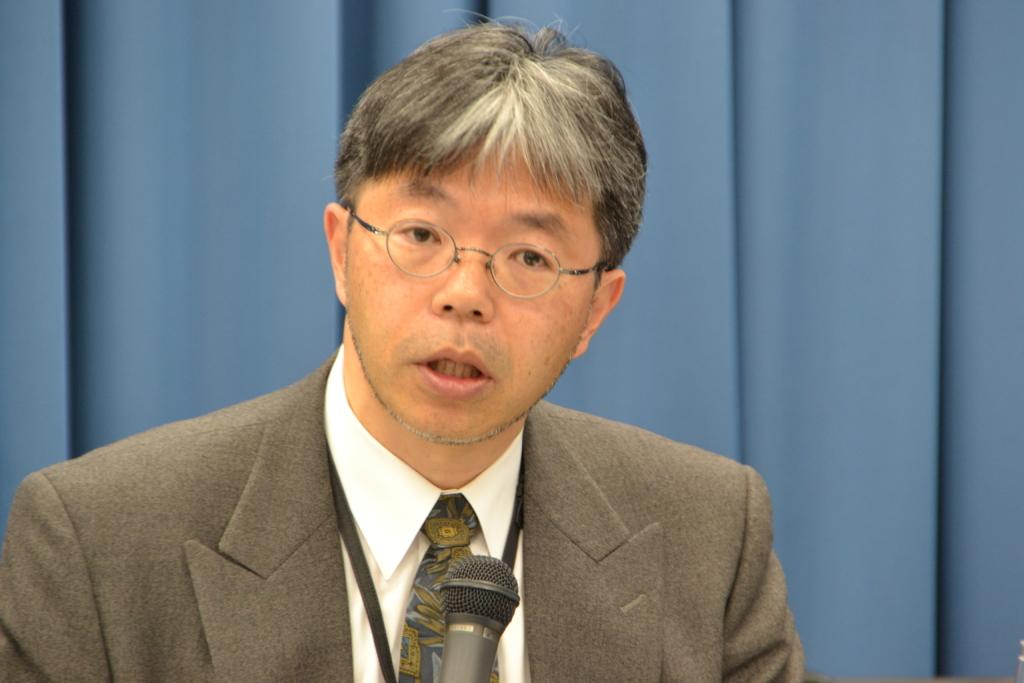 MMXミッションについて説明する川勝康弘准教授
