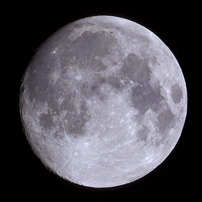 月齢13日の月